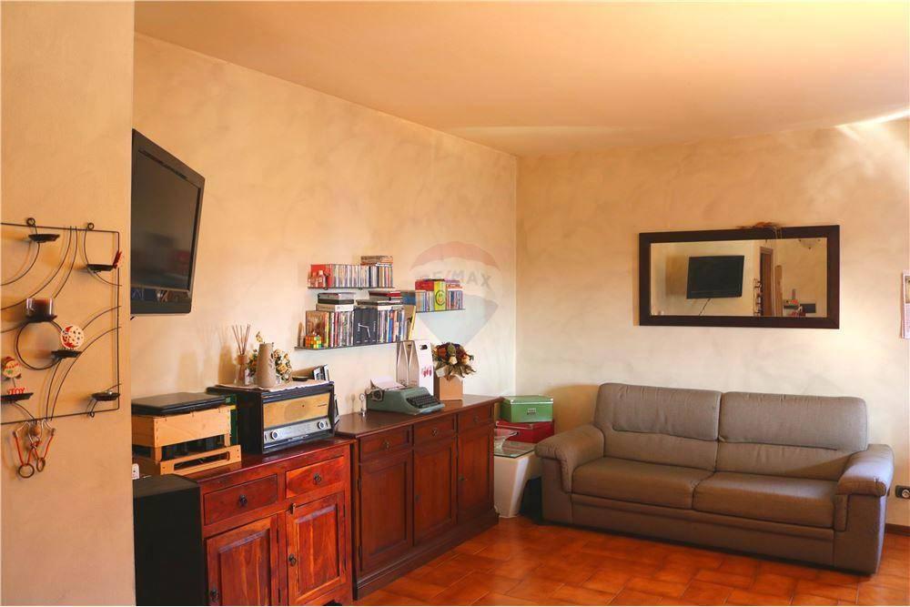 Appartamento in vendita a Leno, 3 locali, prezzo € 85.000 | CambioCasa.it