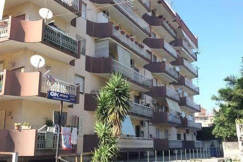 Appartamento con ampio terrazzo panoramico,centralissimo