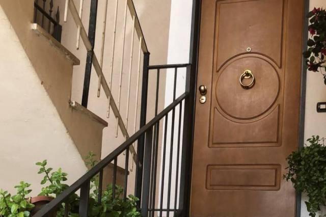 Appartamento in buone condizioni in vendita Rif. 4299231