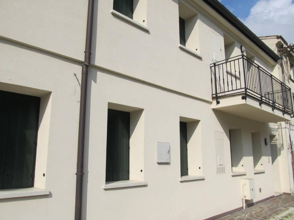 Appartamento in ottime condizioni in vendita Rif. 8254825