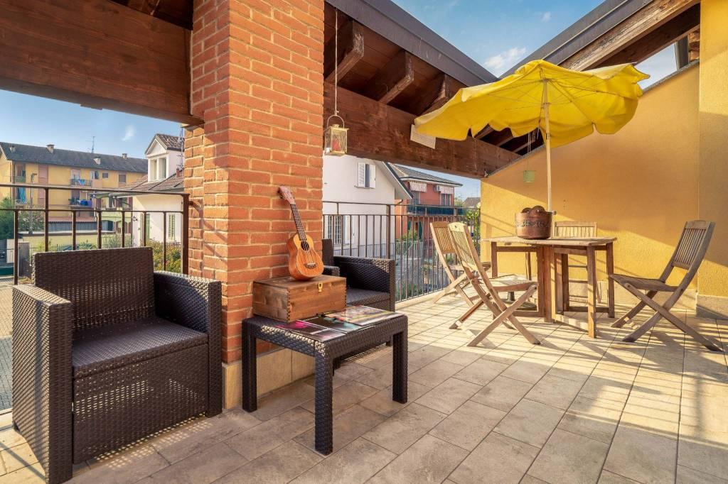 Appartamento in ottime condizioni in vendita Rif. 8254031