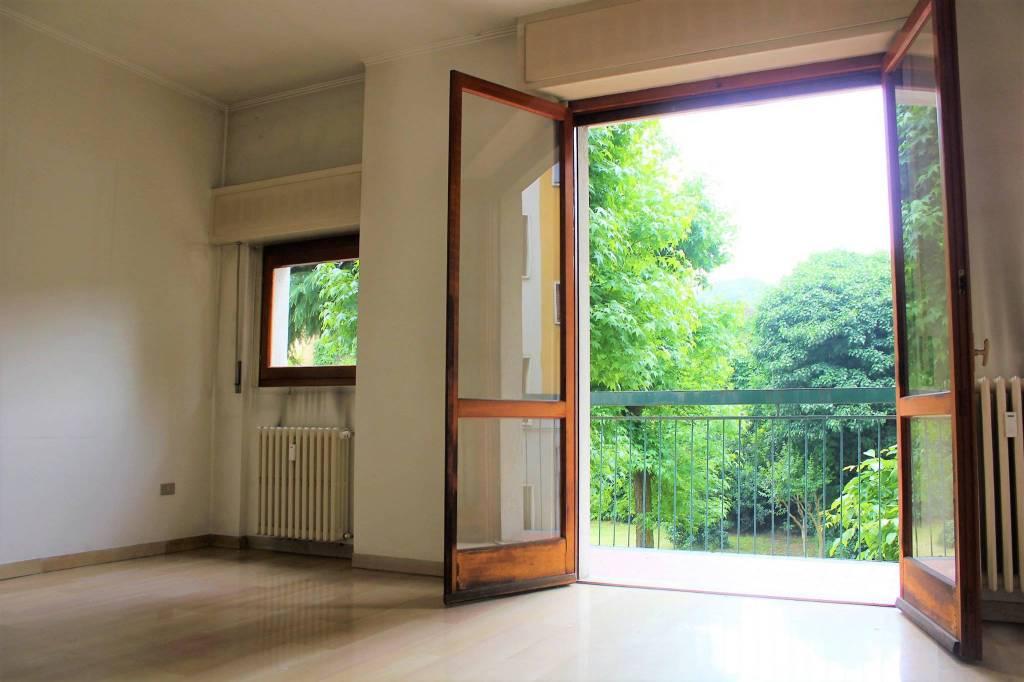 Appartamento da ristrutturare in vendita Rif. 8258661