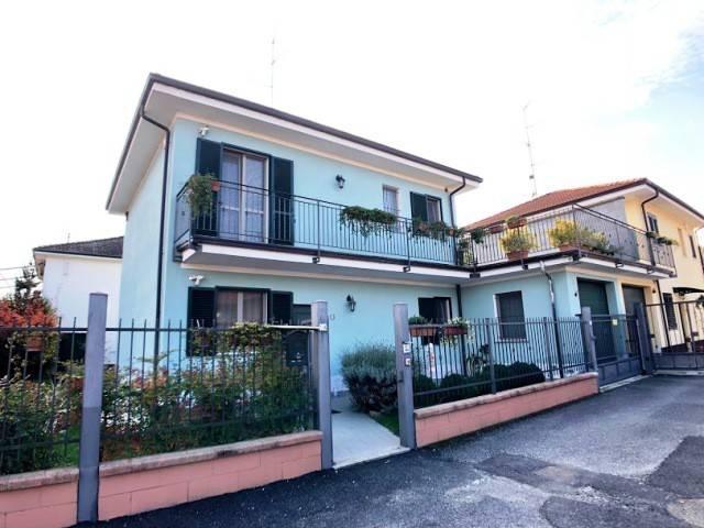 Villa in ottime condizioni in vendita Rif. 8255576
