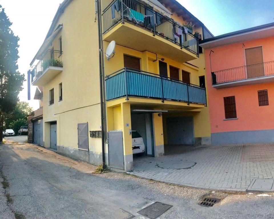 Appartamento in buone condizioni arredato in affitto Rif. 8257084
