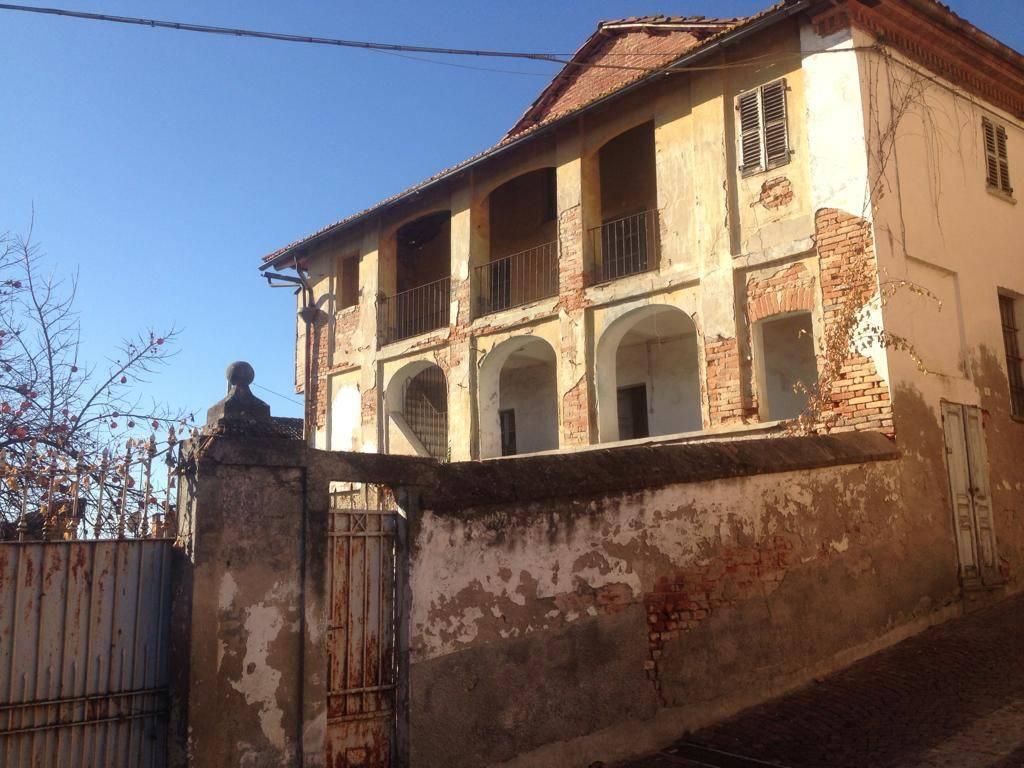 Rustico / Casale in vendita a Revigliasco d'Asti, 6 locali, prezzo € 38.000 | PortaleAgenzieImmobiliari.it