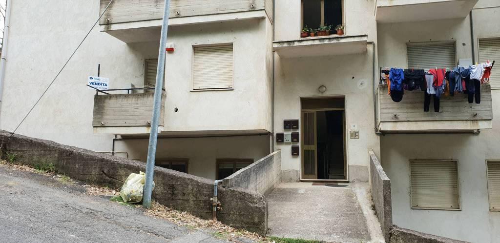 Appartamento quadrilocale in vendita a Gasperina (CZ)