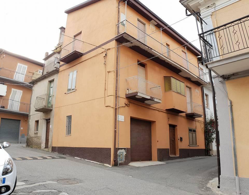 Appartamento trilocale in vendita a Palermiti (CZ)