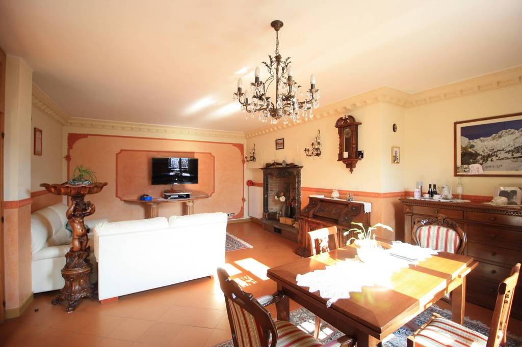 Appartamento 5 locali in vendita a Cerete (BG)