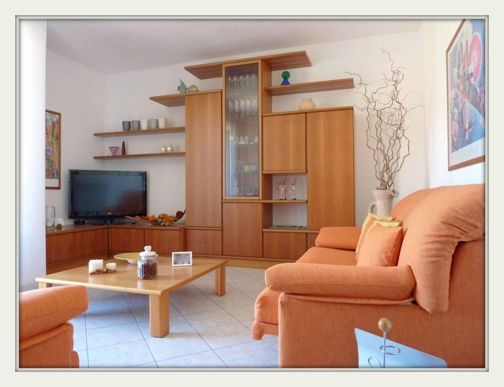 Appartamento trilocale in vendita a Olgiate Comasco (CO)