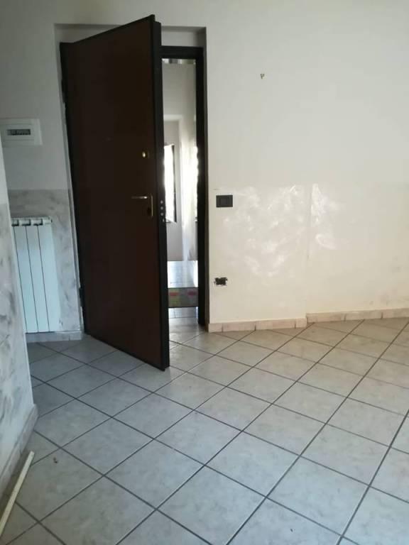 Appartamento trilocale in affitto a Giugliano in Campania (NA)