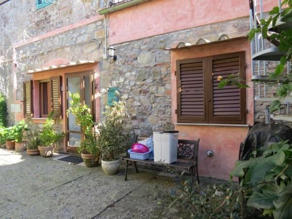 Appartamento in vendita a Castellina Marittima, 3 locali, prezzo € 70.000 | PortaleAgenzieImmobiliari.it