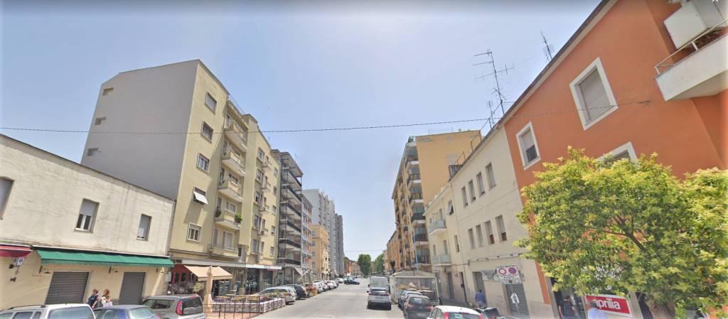 Appartamento in ottime condizioni arredato in affitto Rif. 8066259