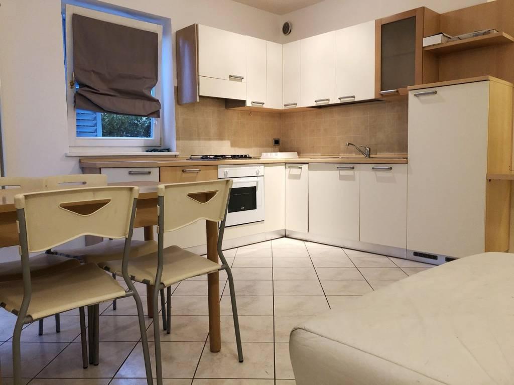 VILLAZZANO bel mini appartamento con giardino e garage