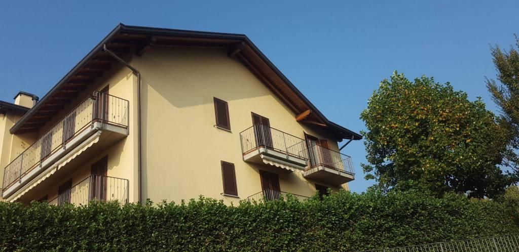 Appartamento in vendita a Cermenate, 3 locali, prezzo € 122.000 | CambioCasa.it