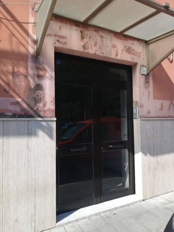Appartamento da ristrutturare in vendita Rif. 8271393