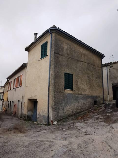 Casa Indipendente in buone condizioni in vendita Rif. 8268658