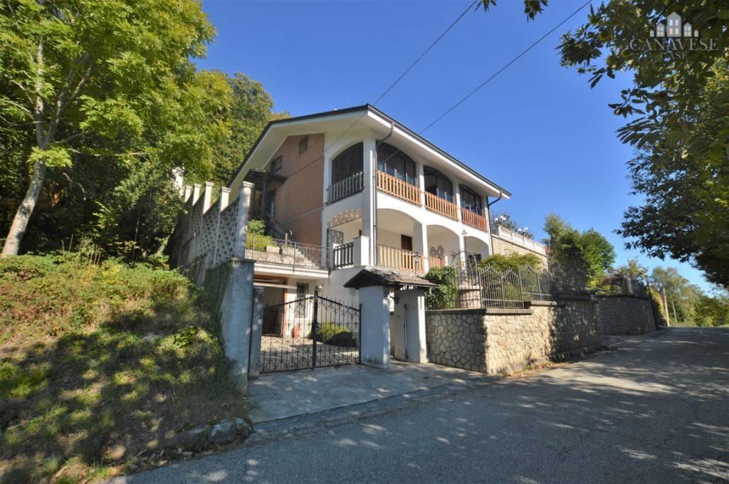 Casa Indipendente in buone condizioni in vendita Rif. 8270878