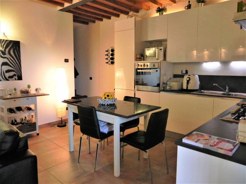 Appartamento in colonica con giardino a Troghi-Rignano