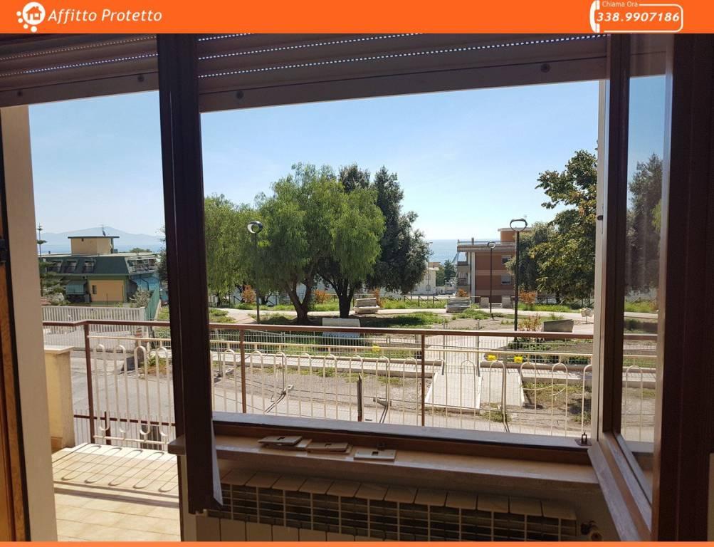 Appartamento con terrazzo in Vendita a Formia via Cassio