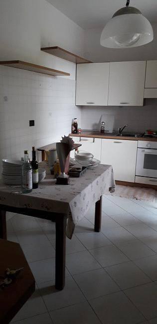 Appartamento in ottime condizioni arredato in affitto Rif. 8283681