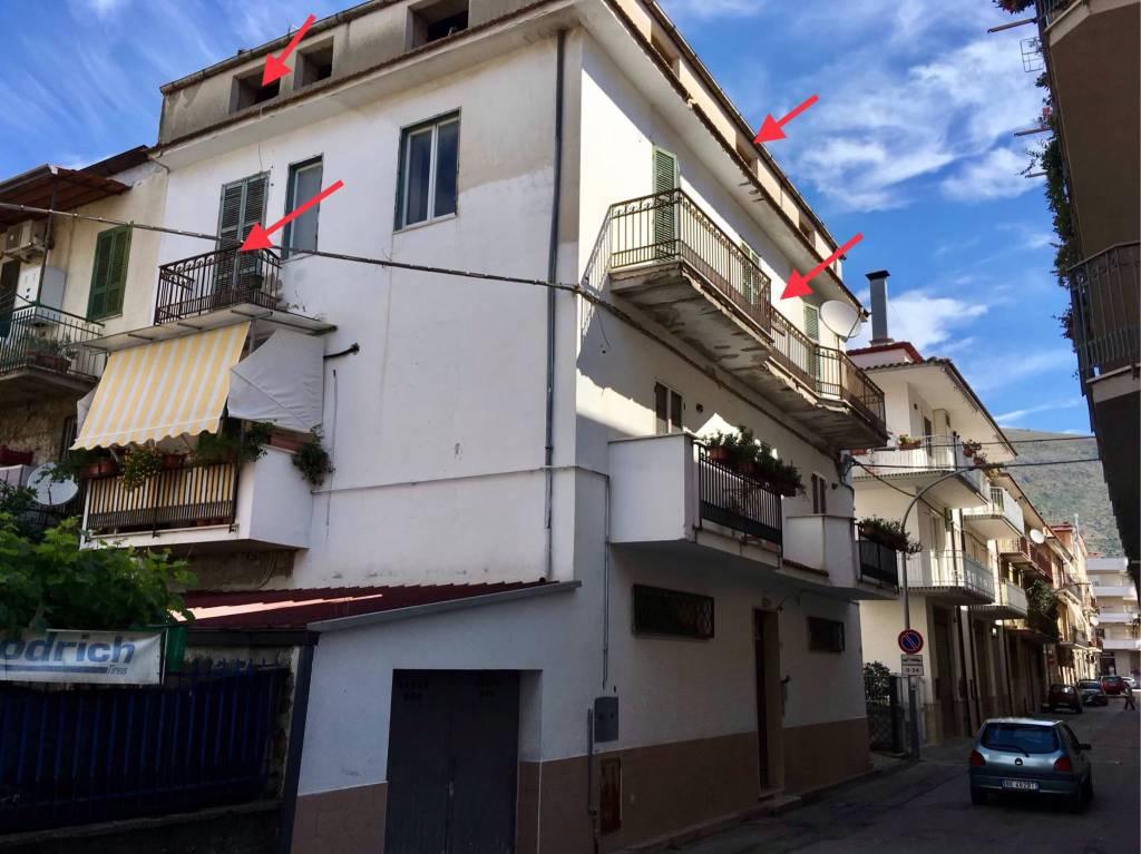 Appartamento da ristrutturare in vendita Rif. 7123815