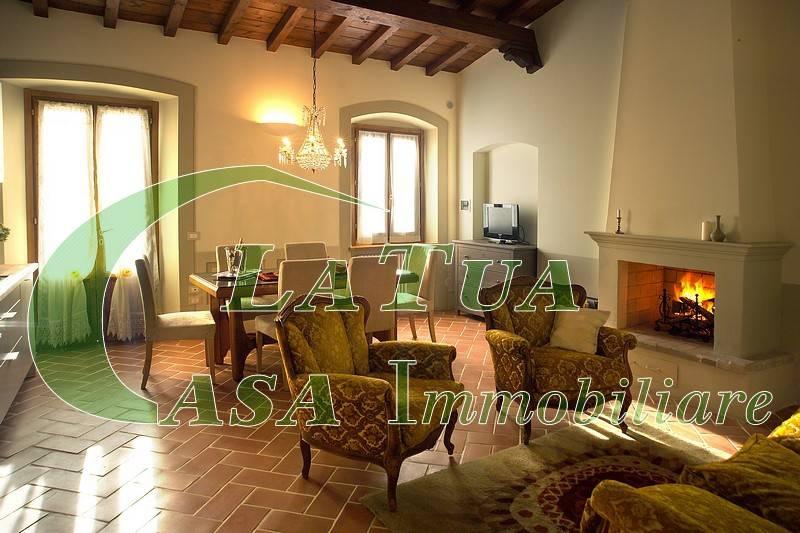Appartamento in ottime condizioni arredato in affitto Rif. 8286670