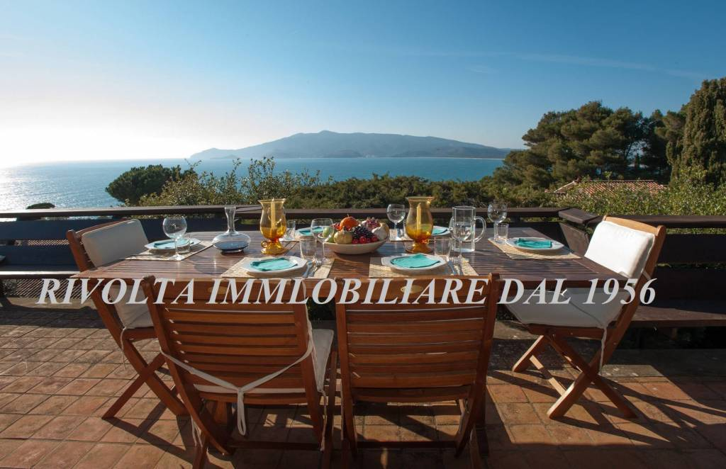 Splendida Villa Ansedonia/Orbetello su 2 livelli + giardino