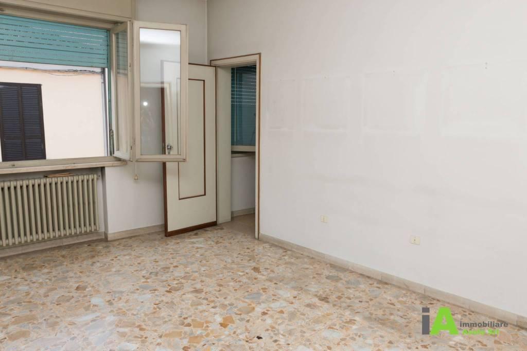 Villa da ristrutturare in vendita Rif. 8286669