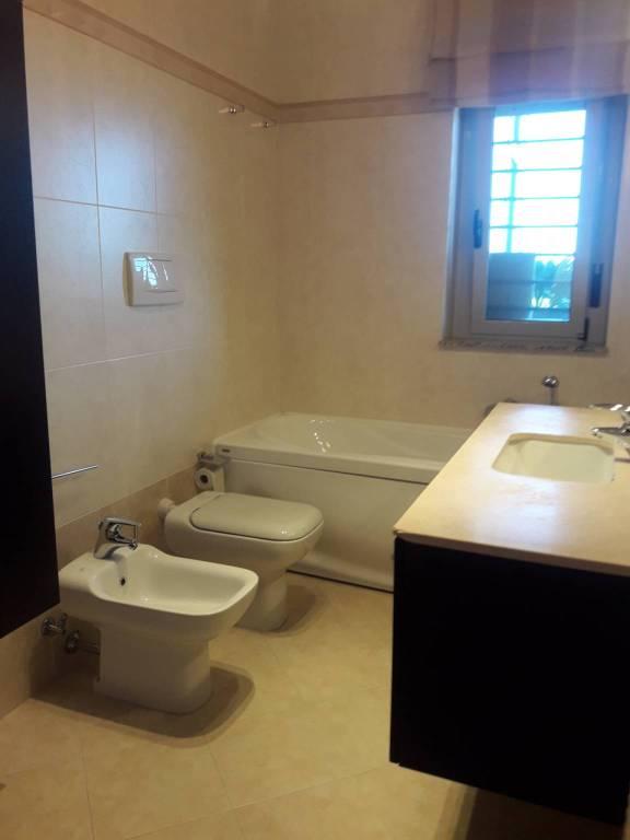 Attico / Mansarda in ottime condizioni arredato in affitto Rif. 8286889