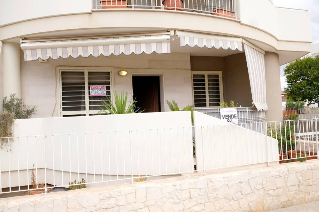 Appartamento in vendita Rif. 8282941