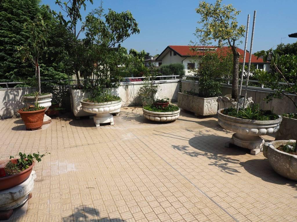 Mogliano zona Marocco appartamento con terrazza