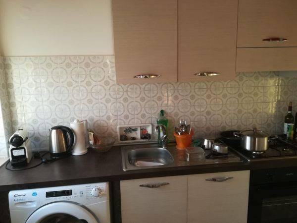 Appartamento in buone condizioni arredato in affitto Rif. 8285344