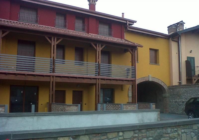 Appartamento in ottime condizioni in vendita Rif. 8426021