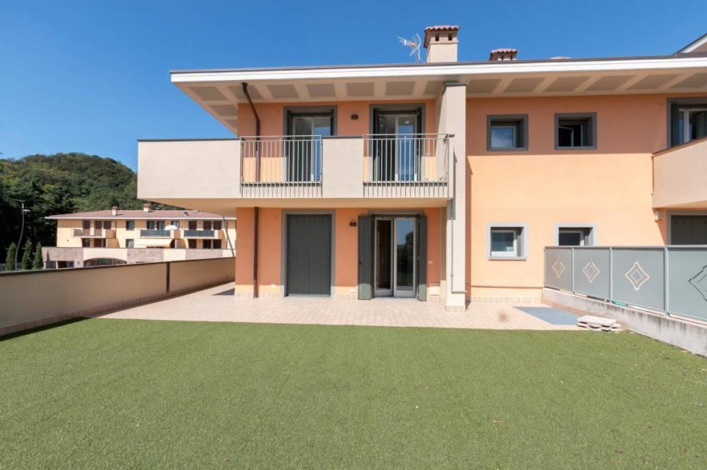 Appartamento in vendita Rif. 8288447