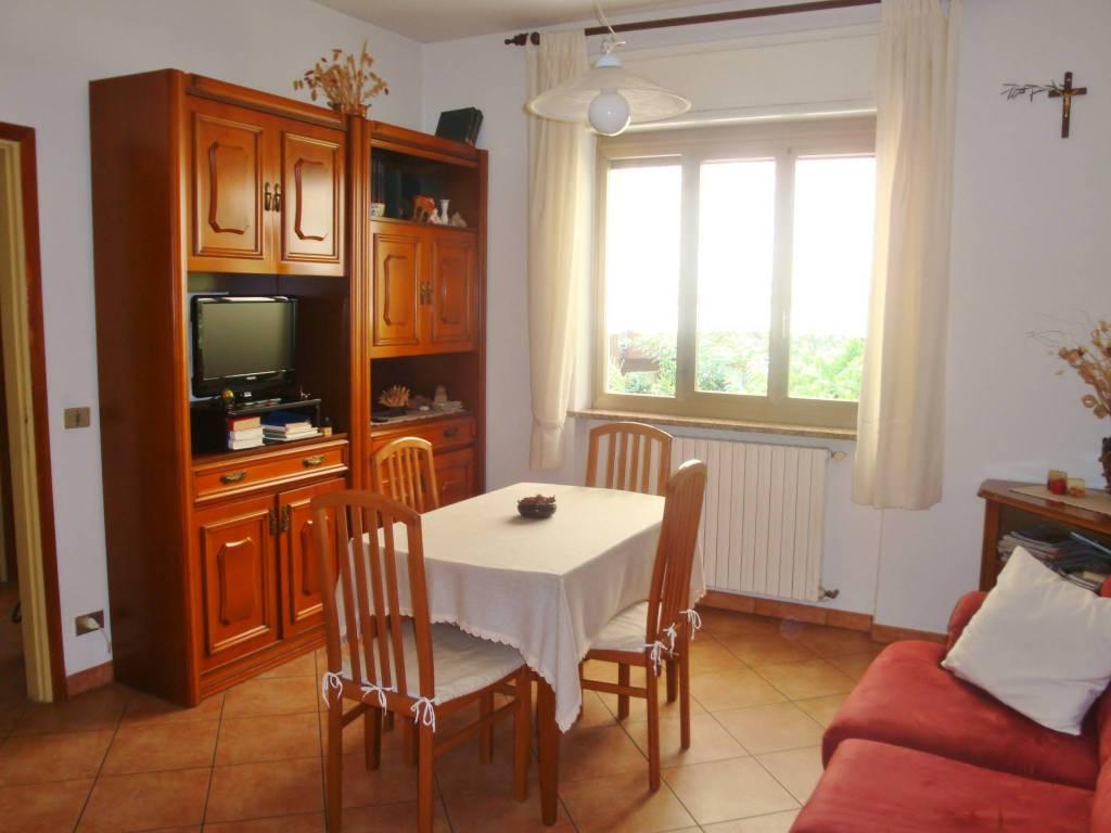 Villa in buone condizioni in vendita Rif. 8283515