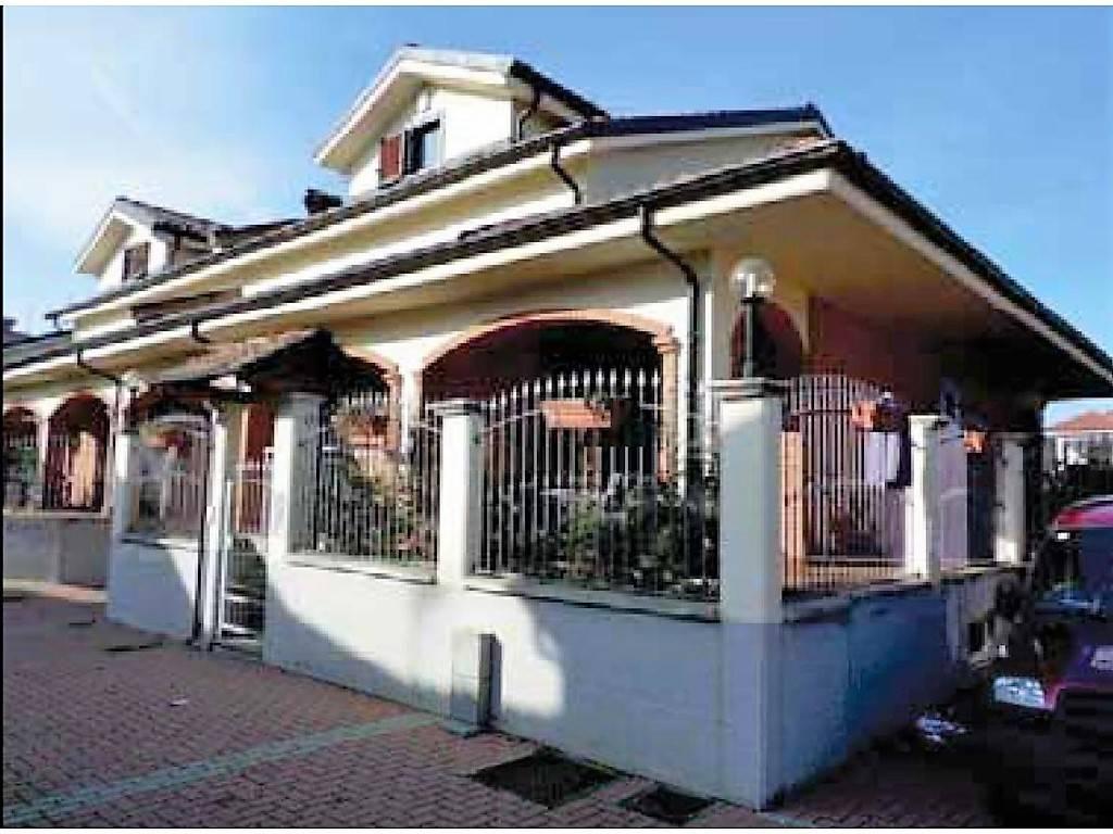 Villa in Vendita a Beinasco