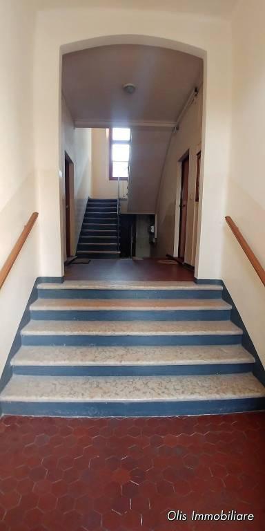 Appartamento in buone condizioni parzialmente arredato in vendita Rif. 7578259