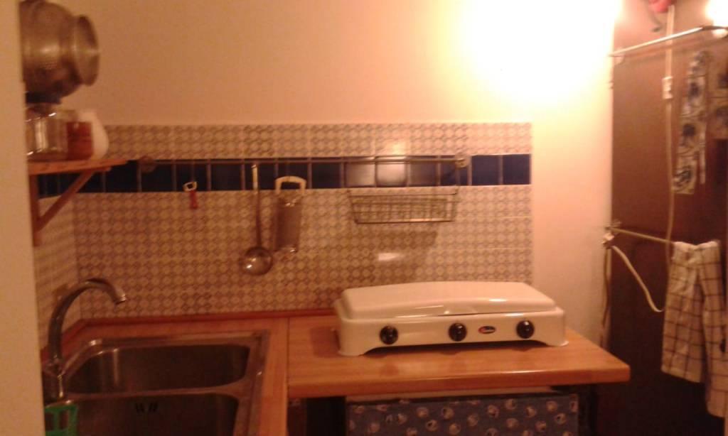 Appartamento in buone condizioni arredato in affitto Rif. 8229166