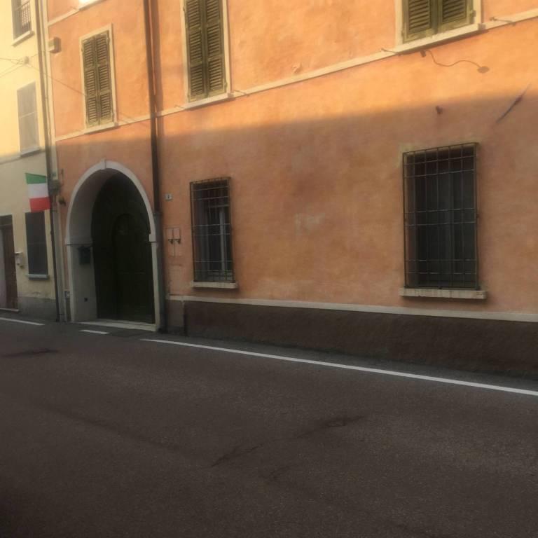 Negozio / Locale in affitto a Guidizzolo, 4 locali, prezzo € 800 | CambioCasa.it
