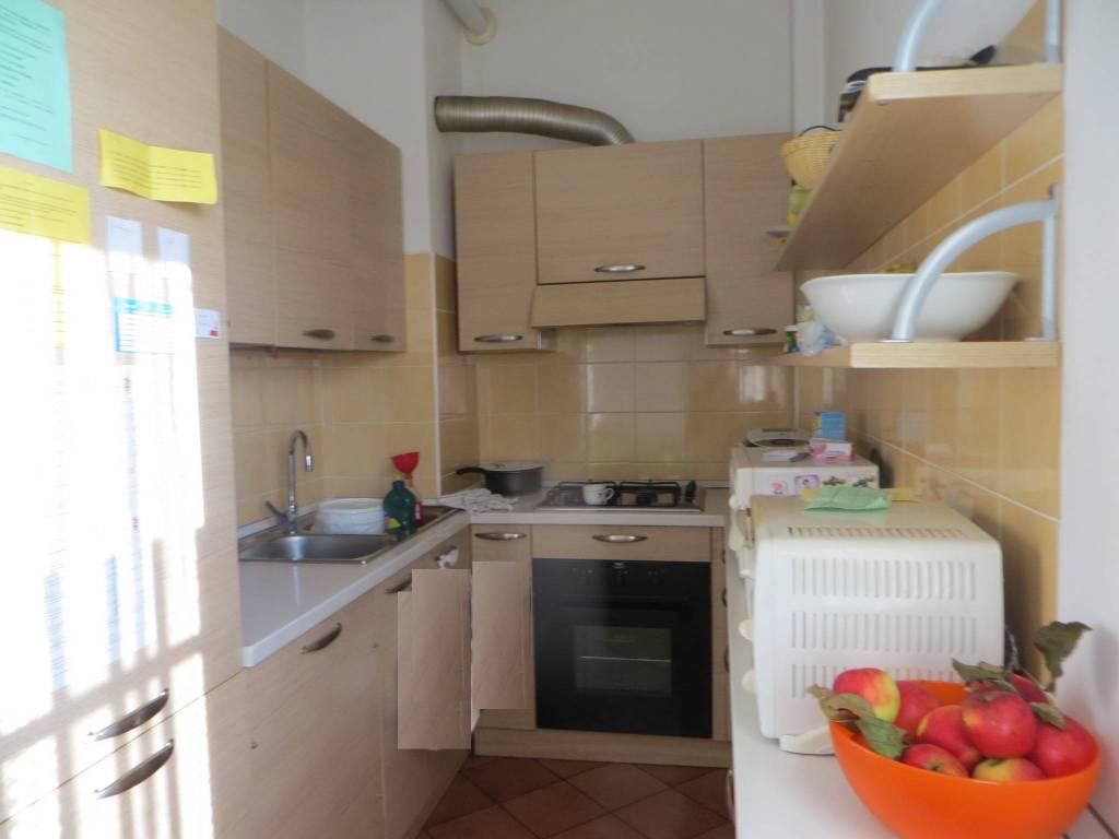 Appartamento in buone condizioni arredato in vendita Rif. 8285883