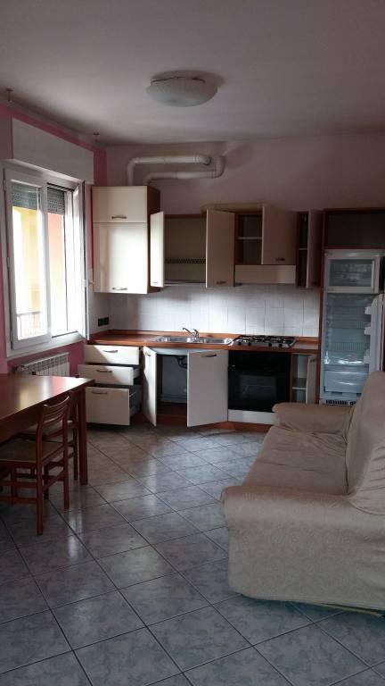 Appartamento in buone condizioni arredato in affitto Rif. 8286786