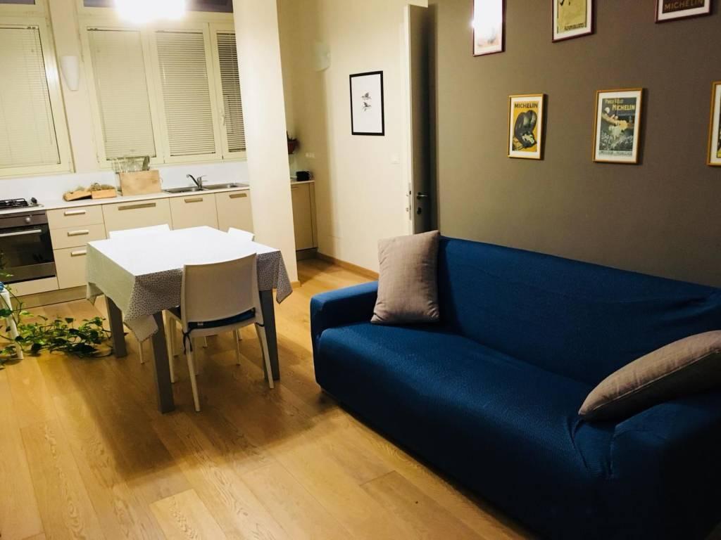 Appartamento in ottime condizioni arredato in affitto Rif. 8285561