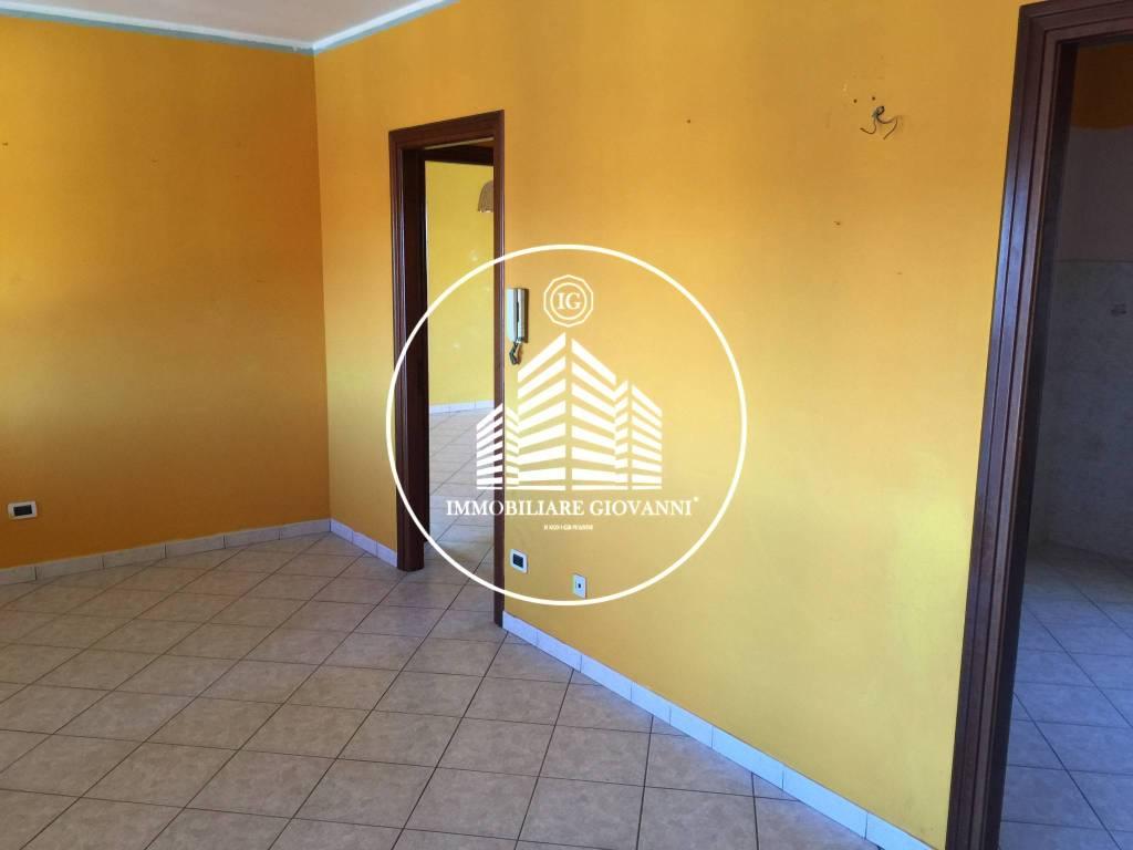 Appartamento in ottime condizioni in affitto Rif. 8285510