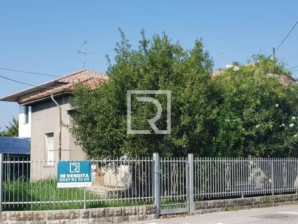 Casa Indipendente in buone condizioni parzialmente arredato in vendita Rif. 9309625