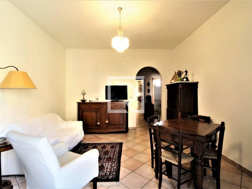 Appartamento in ottime condizioni arredato in vendita Rif. 8330667