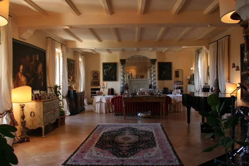 Casa Indipendente in ottime condizioni in vendita Rif. 8548927