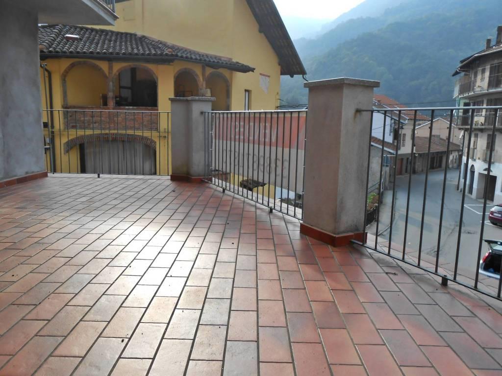 Villa in ottime condizioni in vendita Rif. 9122834