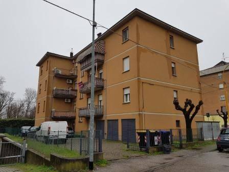Appartamento in ottime condizioni parzialmente arredato in vendita Rif. 8297491