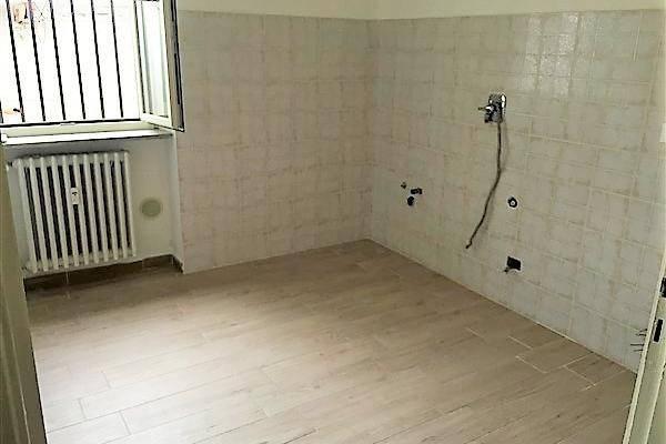 Appartamento in ottime condizioni in affitto Rif. 8254440