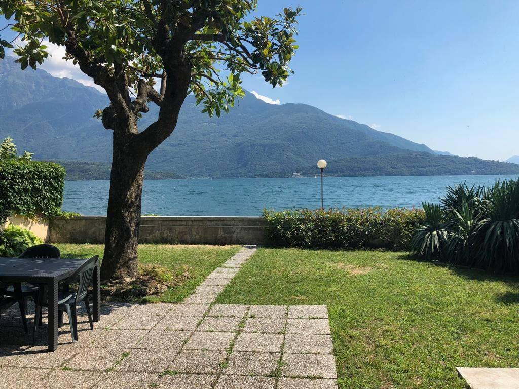 Villa in vendita a Domaso, 11 locali, prezzo € 570.000 | PortaleAgenzieImmobiliari.it
